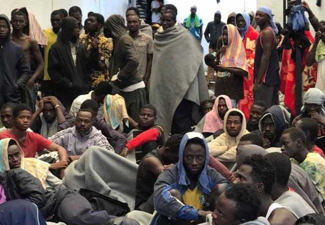 Selon vous, quelles mesures les pays africains doivent ils prendre pour lutter contre l'esclavage des Noirs  en Libye ?